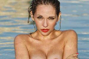 023 _XXX5938 Nicole in pool