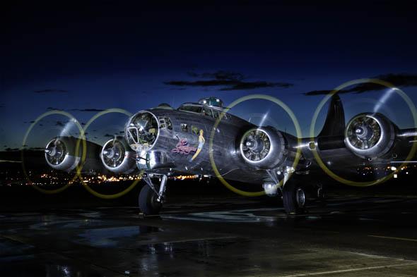 _4812407 B17 bomber